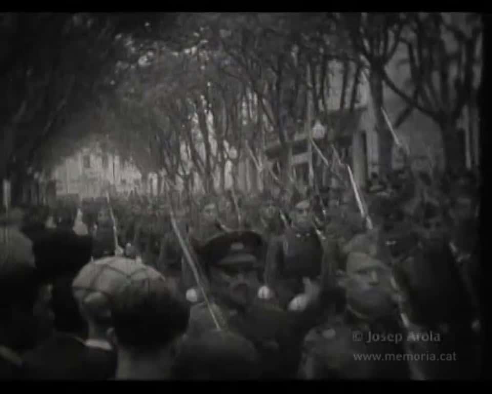Desfilada militar en les festes de l'aniversari de la República