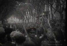 desfilada militar en les festes aniversari de la republica